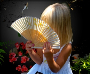 girl-with-a-fan